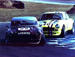V8-Snetterton-frontmcCarthy.jpg