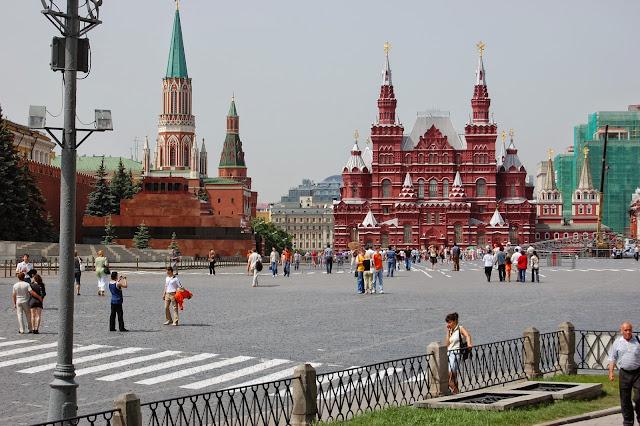 Plaza roja de Moscú y el Kremlin
