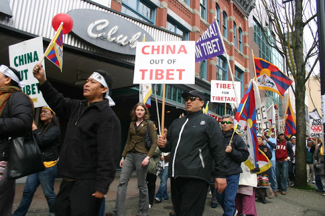 Global Protest in Vancouver BC/photo by Crazy Yak - IMG_0169.JPG