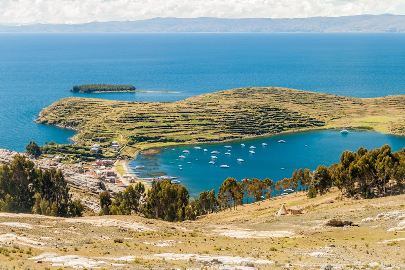 Walking trail in Isla del Sol, Titicaca lake