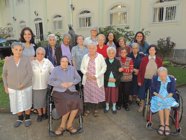 Envelhecendo com Graca - Irmas Oblatas do Santissimo Redentor