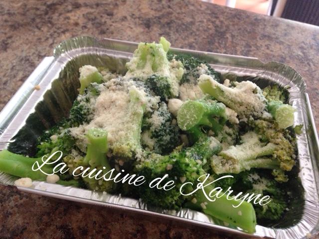 La cuisine de karyne brocolis l 39 ail et au parmesan - Cuisiner des brocolis ...