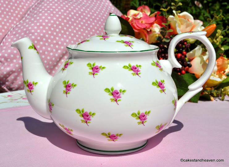 W.G.Wood Ditsy Roses Teapot
