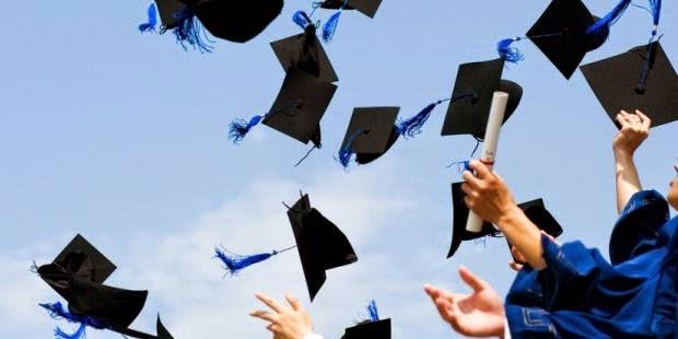Dalam upaya studi ke luar negeri sekarang ada kebijakan bahwa pemerintah tidak lagi mempersul Pemerintah Permudah Studi Lanjut ke Luar Negeri