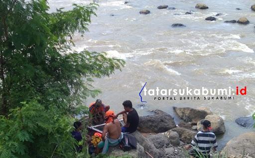 Pencarian korban tenggelam di Sungai Cimandiri Sukabumi // Foto : Rudi Imelda