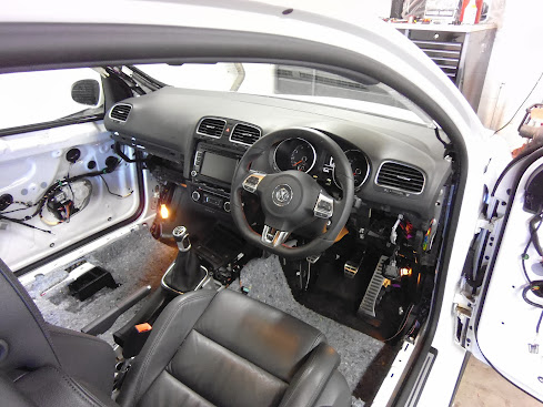 VWVortex com - MK5 RHD conversion and MK6 dash swap