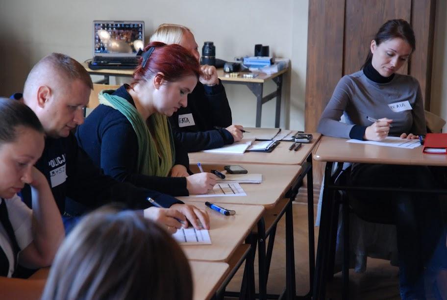 Warsztaty dla otoczenia szkoły, blok 1 17-09-2012 - DSC_0201.JPG