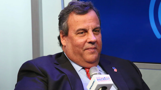Chris Christie Says He Regrets Not Wearing A Mask