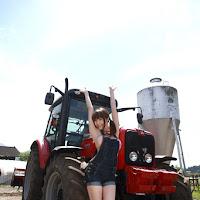 [BOMB.tv] 2009.10 Yuuri Morishita 森下悠里 my025.jpg