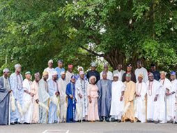 2019: Ogun West Monarchs Pledge to Support Amosun's Choice for Guber Poll