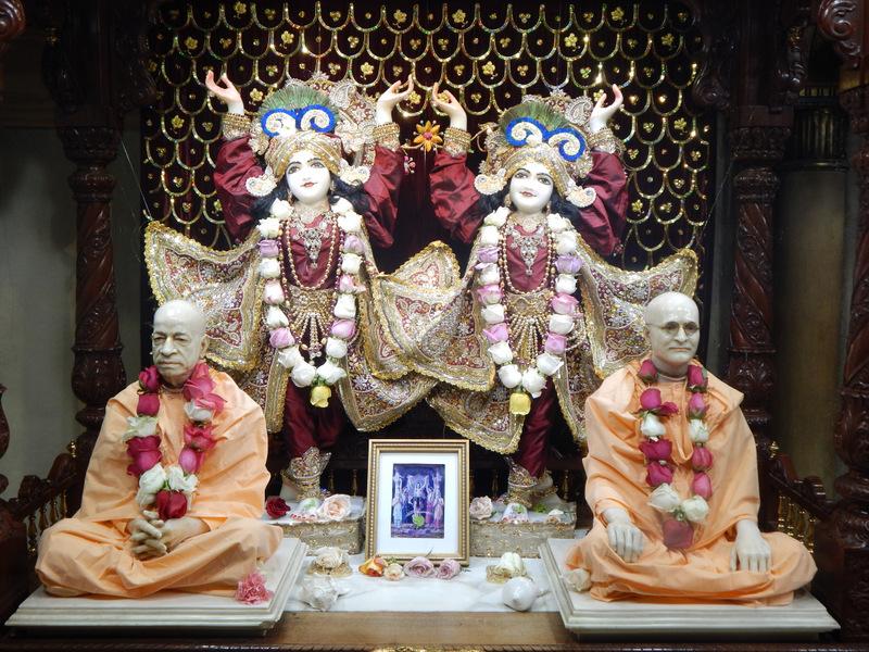 ISKCON Detroit Deity Darshan 08 Mar 2016 (3)