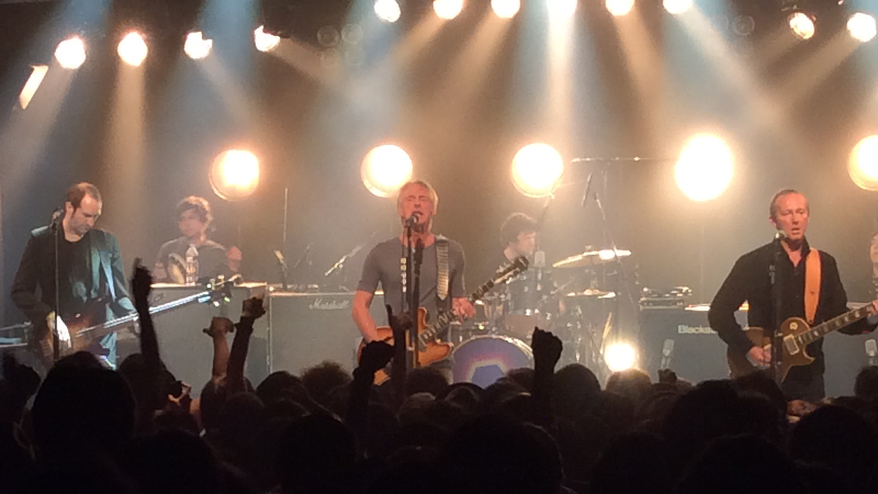 https://lh3.googleusercontent.com/-rKkPxr9KPMI/ViOQ1GqGMdI/AAAAAAAAm0U/eB64PBLGC2k/s800-Ic42/Paul-Weller-Japan-Tour-2015-Bay-Hall-Yokohama-22-Oct-17-2015.jpg