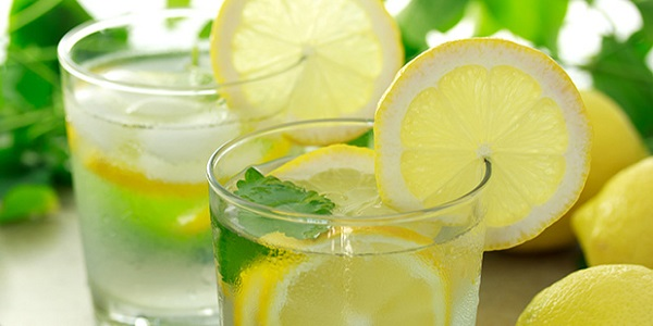 10 Kebaikan Air Lemon Yang Ramai Tak Tahu.jpg