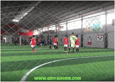 Rumput Sintetis Pada Lapangan Futsal
