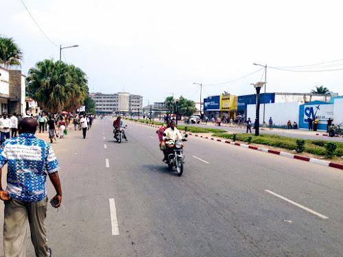 Kasaï-Central : des attributaires des routes réclament le paiement de leurs factures