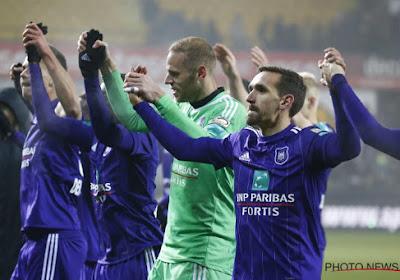 """Matz Sels over Anderlecht : """"Een bal in de tribunes moet eens kunnen, hoor"""""""