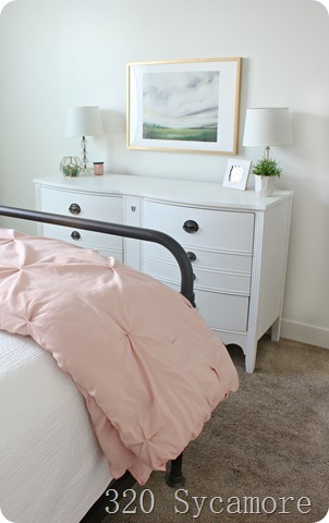 bed dresser artwork teenage room