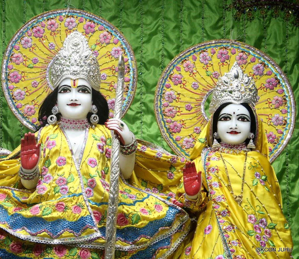 ISKCON Juhu Mangal Deity Darshan on 2nd July 2016 (9)
