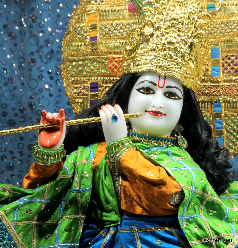 ISKCON Juhu Mangal Deity Darshan on 20th Jan 2017 (25)