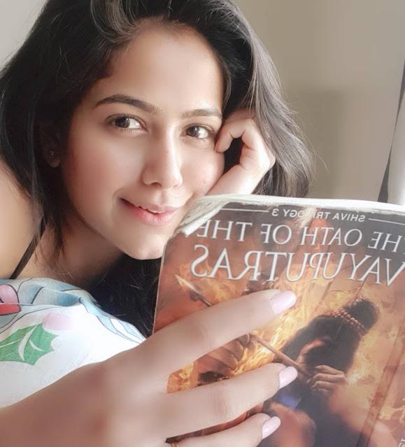 Shubhanshi Raghuwanshi reading