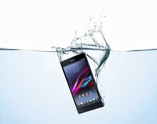 19_Xperia_Z_Ultra_Water_Vertical.jpg