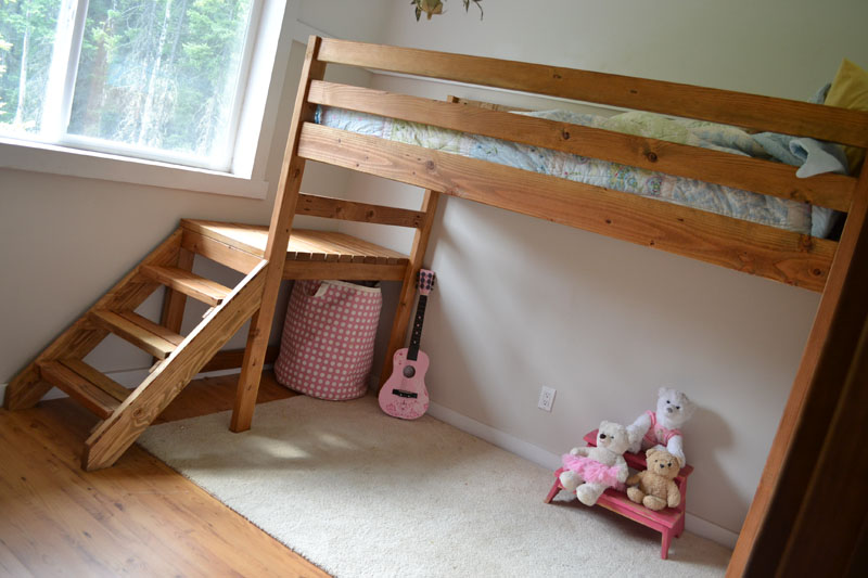 Ana White | Build a Camp Loft Bed with Stair, Junior Height | Free