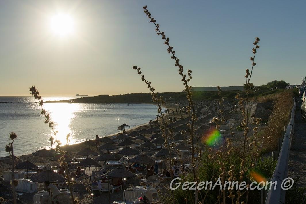 Bozcaada, Ayazma plajı, güneş batmadan