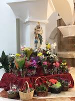 Ofrendas florales a Nuestra Señora de las Divinas Misericordias