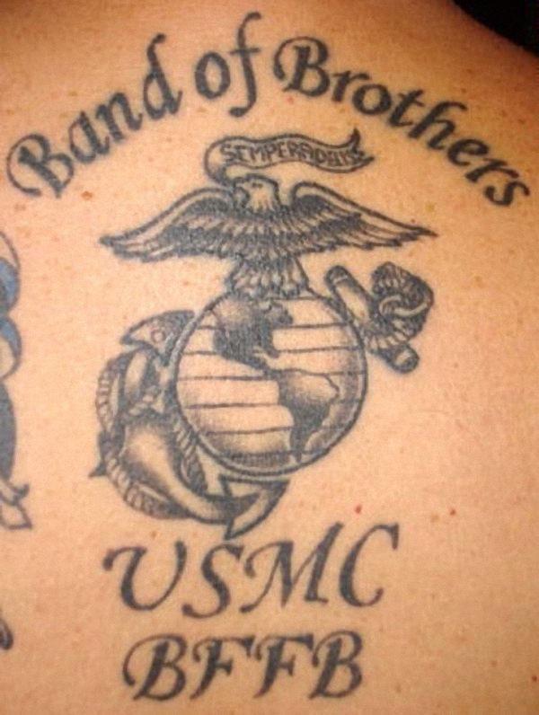 a_banda_de_irmos_da_tatuagem