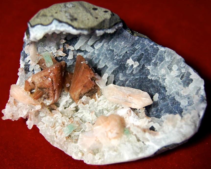 Colección de Geodas y demás piezas. _DSC3942