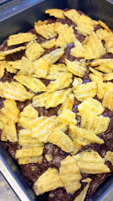 Potato chip topped brownies recipe with rich chocolate brownie and the salty crunch of potato chips