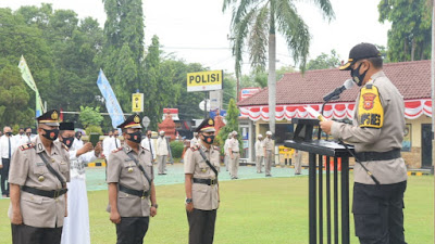 Kapolresta Cirebon KOMBES Pol M. Syahduddi, S.I.K., M.Si pimpin upacara Sertijab tiga Kapolsek