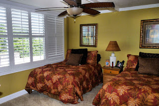 Guest Bedroom offers 2 double beds.