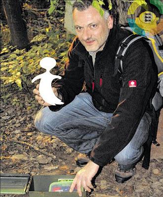 """Micha, der mit einigen Mitstreitern den Geocaching-Blog """"GeocachingBW – Geocaching in Baden-Württemberg"""" betreibt."""