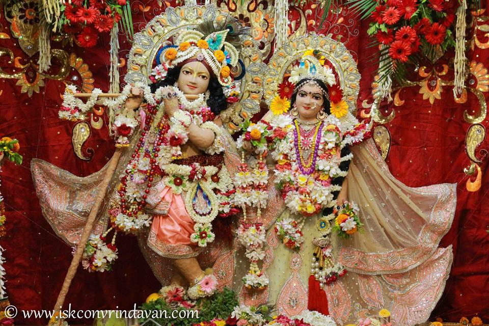 ISKCON Vrindavan Shringar Deity Darshan 29 May  2016 (1)
