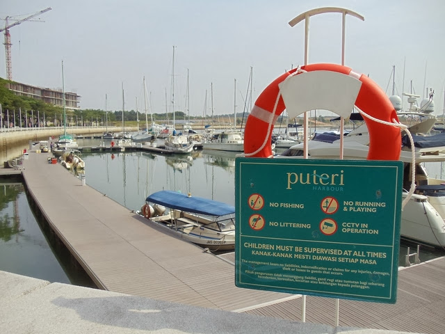Puteri-Harbour
