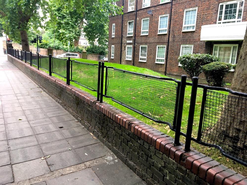 stretcher-railings-1