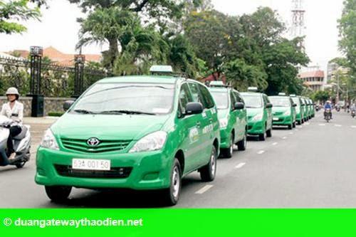 Hình 1: Cước taxi đồng loạt tăng theo xăng