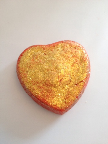 Lonely Heart Bubble Bar