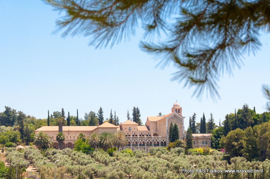 Монастырь Латрун. Экскурсии в Израиле Светланы Фиалковой.