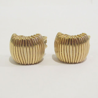 Christian Dior Ribbed Clip Earrings
