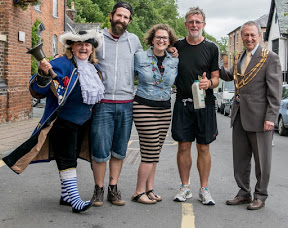 Town welcomes walk hero Nigel