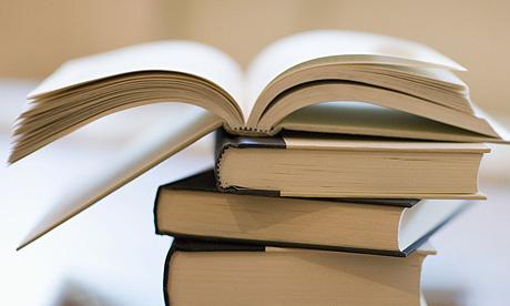 विश्व पुस्तक दिवस मनाइँदै