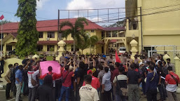 Gabungan Wartawan Bungo Tunggu Janji Kapolres Usut Kasus Pengeroyokan Dua Rekannya