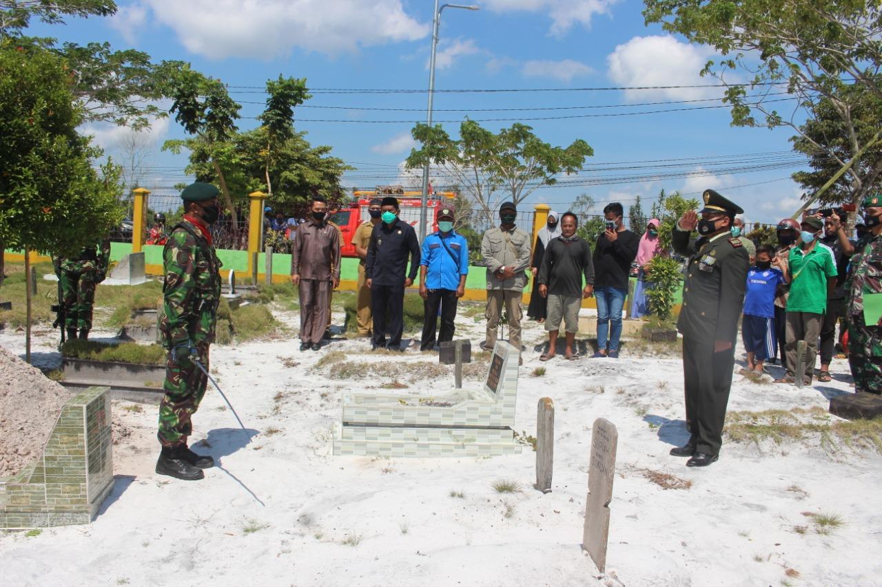 Kodim 0913/PPU Gelar Upacara Militer Pemakaman Legiun Veteran 45