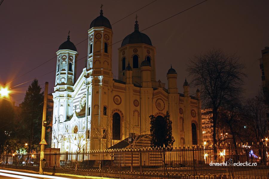 Bucuresti Bucharest church arhitectura neogotic noapte