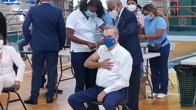 │Video │Presidente recibe 3ra. dosis de vacuna Pfizer