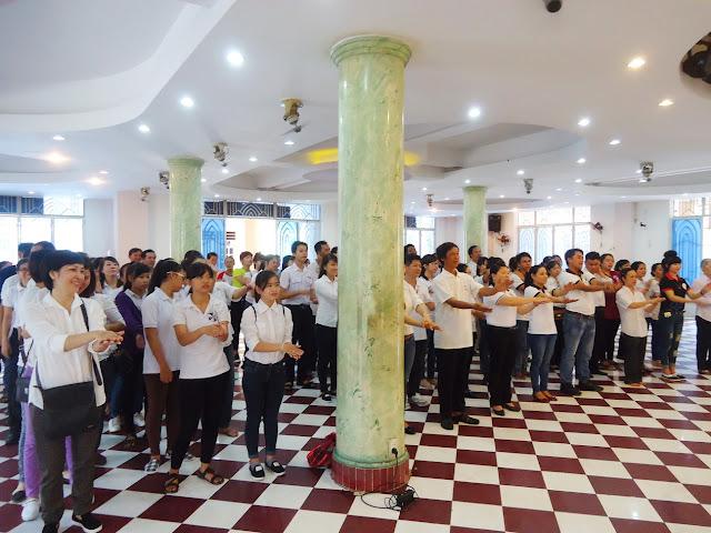 Thánh lễ luân phiên giới trẻ quý II 2015