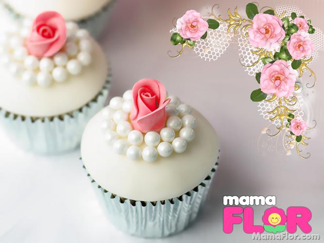 Cupcakes con perlas y rosas de frosting