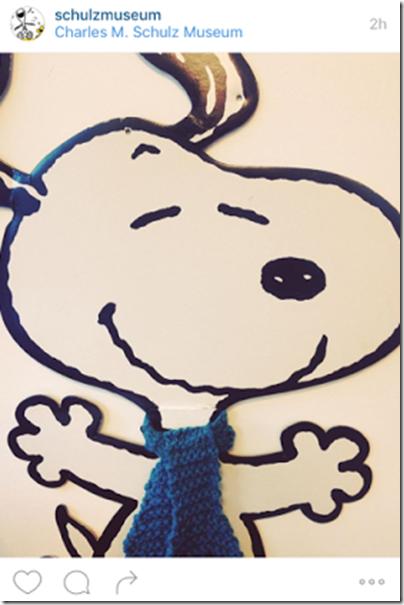 Snoopy Shawl in blue